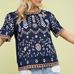 Tops - LAST CHANCE!! New Embroidered Woven Top
